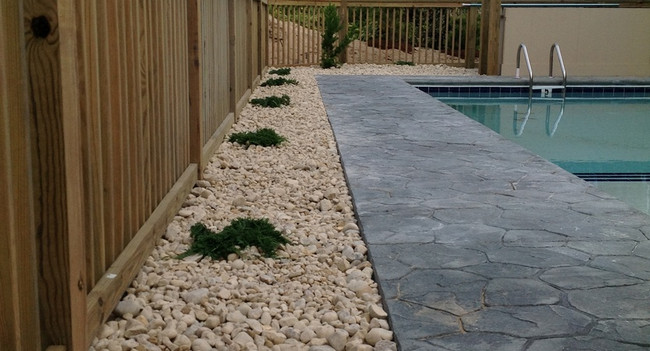 swimming-pool-landscaping-outer-banks